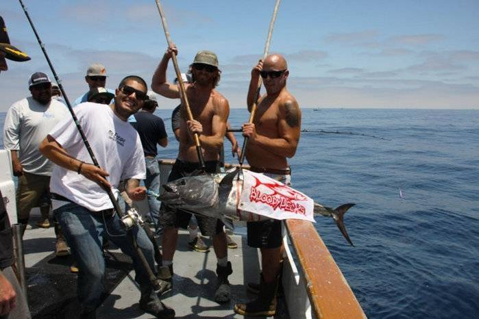 Bloodydecks-tuna-3.jpg