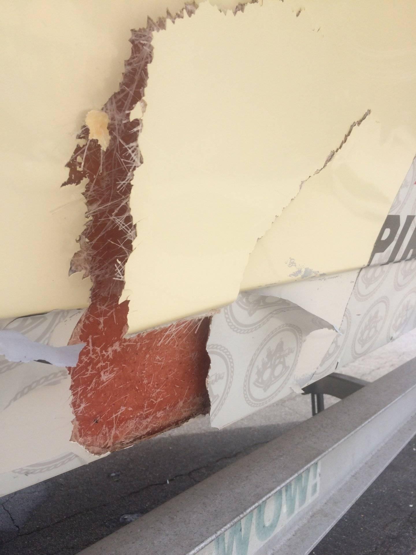 Boat crack.jpg
