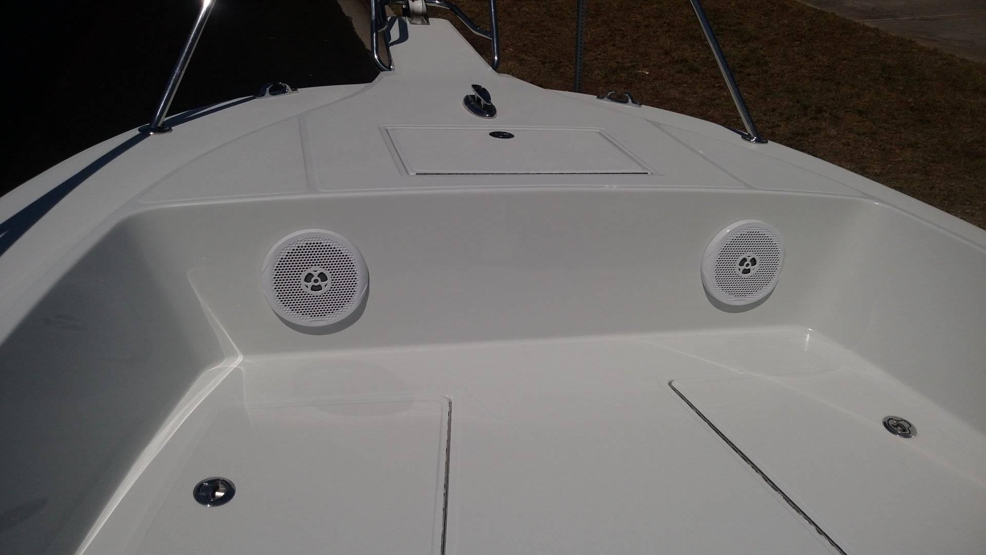 Boat Pics Bow 2.jpg