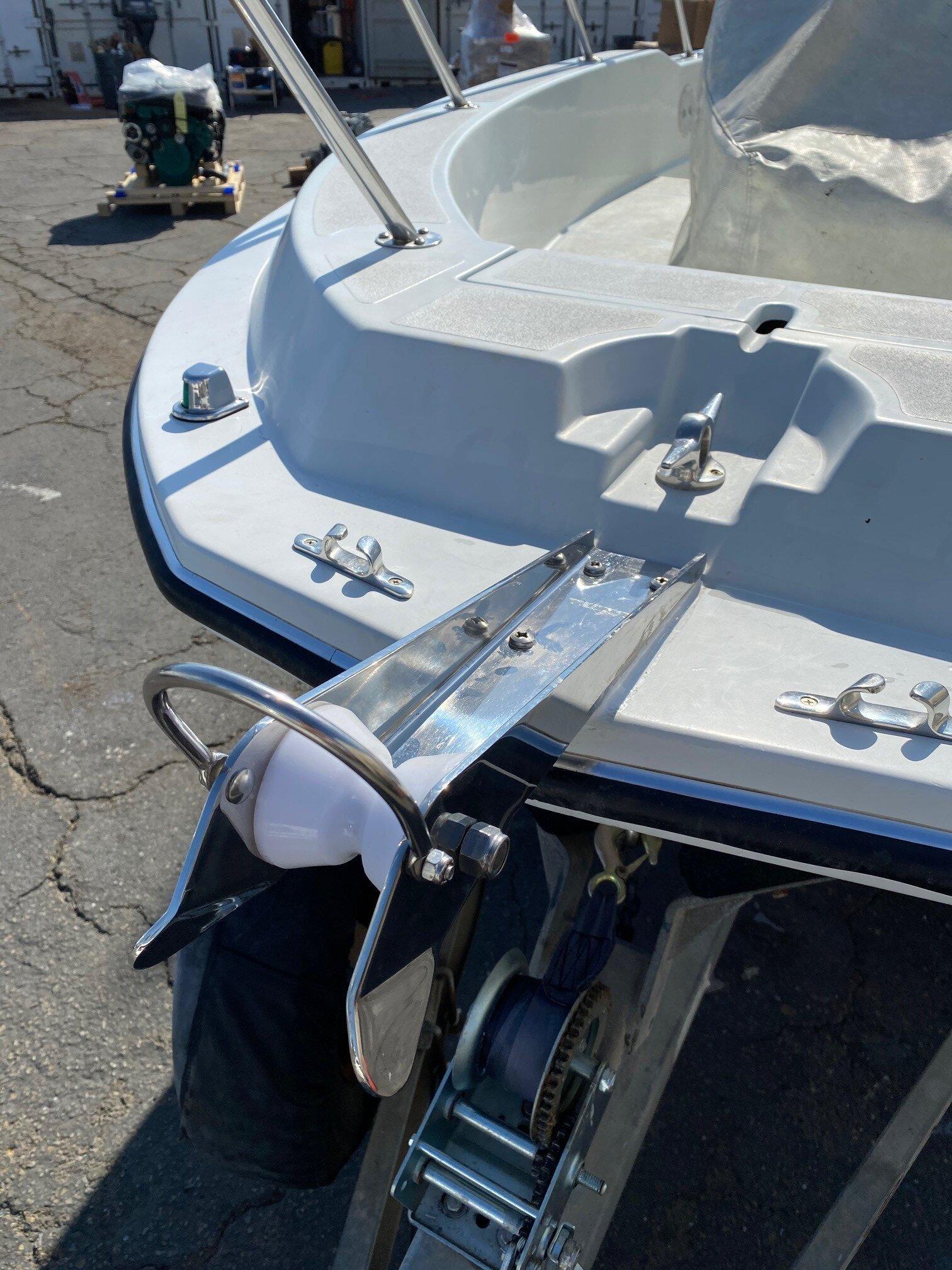 Bow Roller 2.jpg