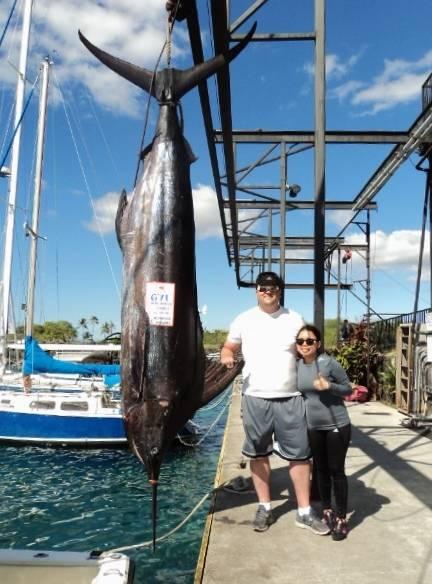 chris zelenka 671 lbs blue marlin (1).JPG