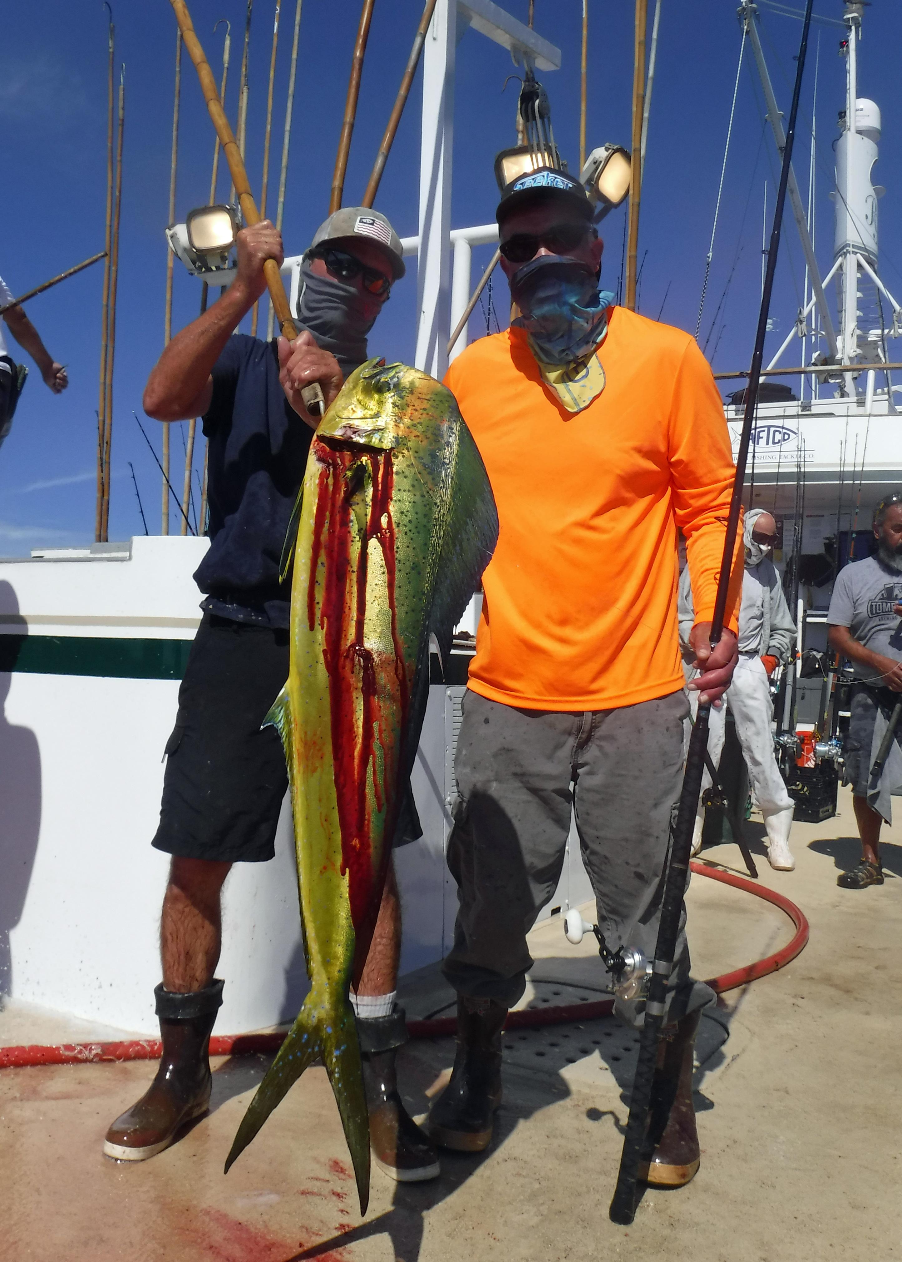 FISH ED AND MAHI DSCF7338.JPG