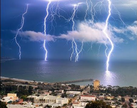 Lightning Ventura Pier.png
