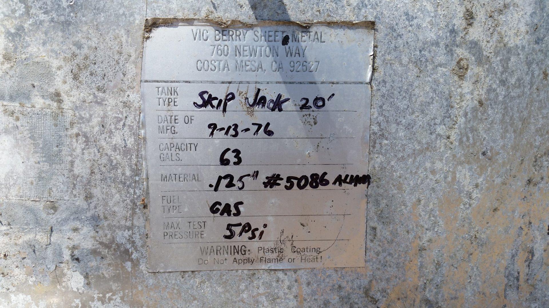 Skipjack Fuel Tank - Original Label.jpg