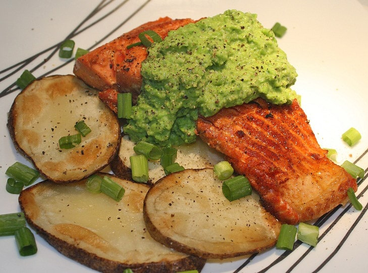 salmon recipe - Green Mint Pesto Salmon Recipe