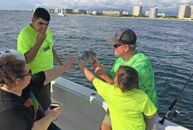 kids fishin