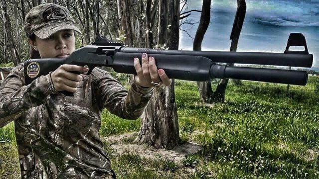 Virginia Salvador ladies hunting