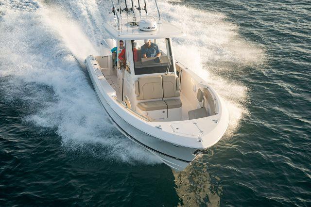 Pursuit boats