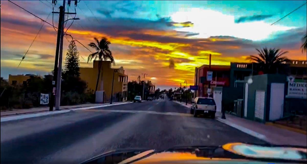 Los Barriles street