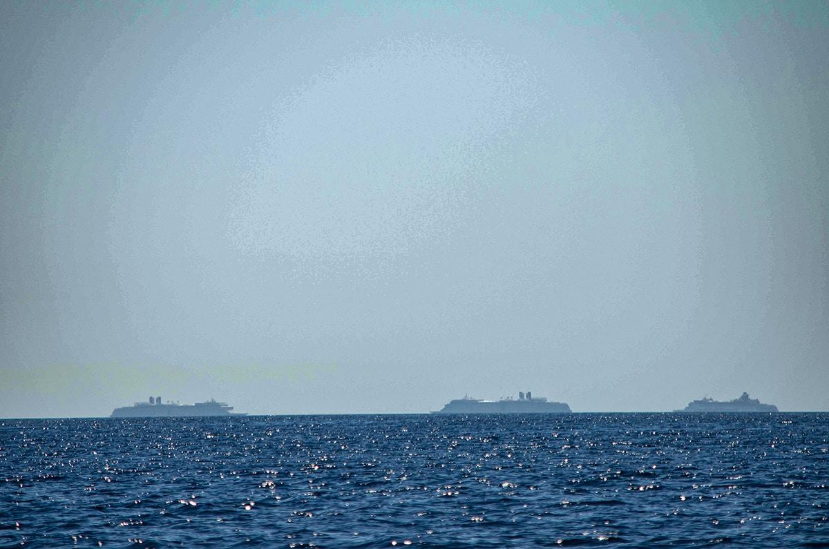Baja cruise ships